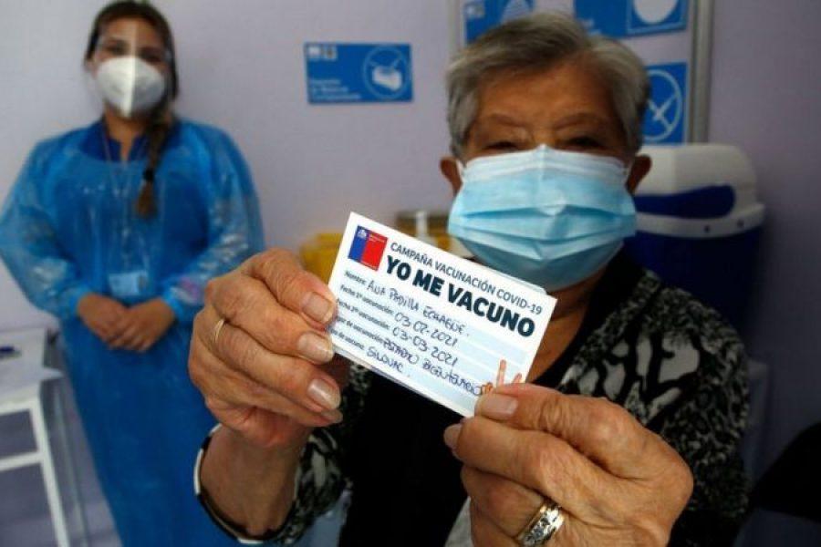 las claves que explican la exitosa campaña de vacunación contra la covid-19 en Chile